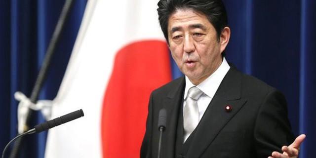 Уверенная победа Абэ: