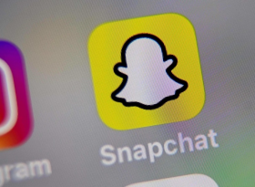 Акции Snapchat резко