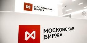 Почему укрепился рубль и