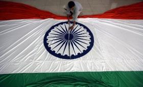 Индия проведет