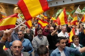 Испанию охватил