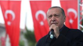 Турция погружается в