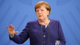 Меркель отреагировала на